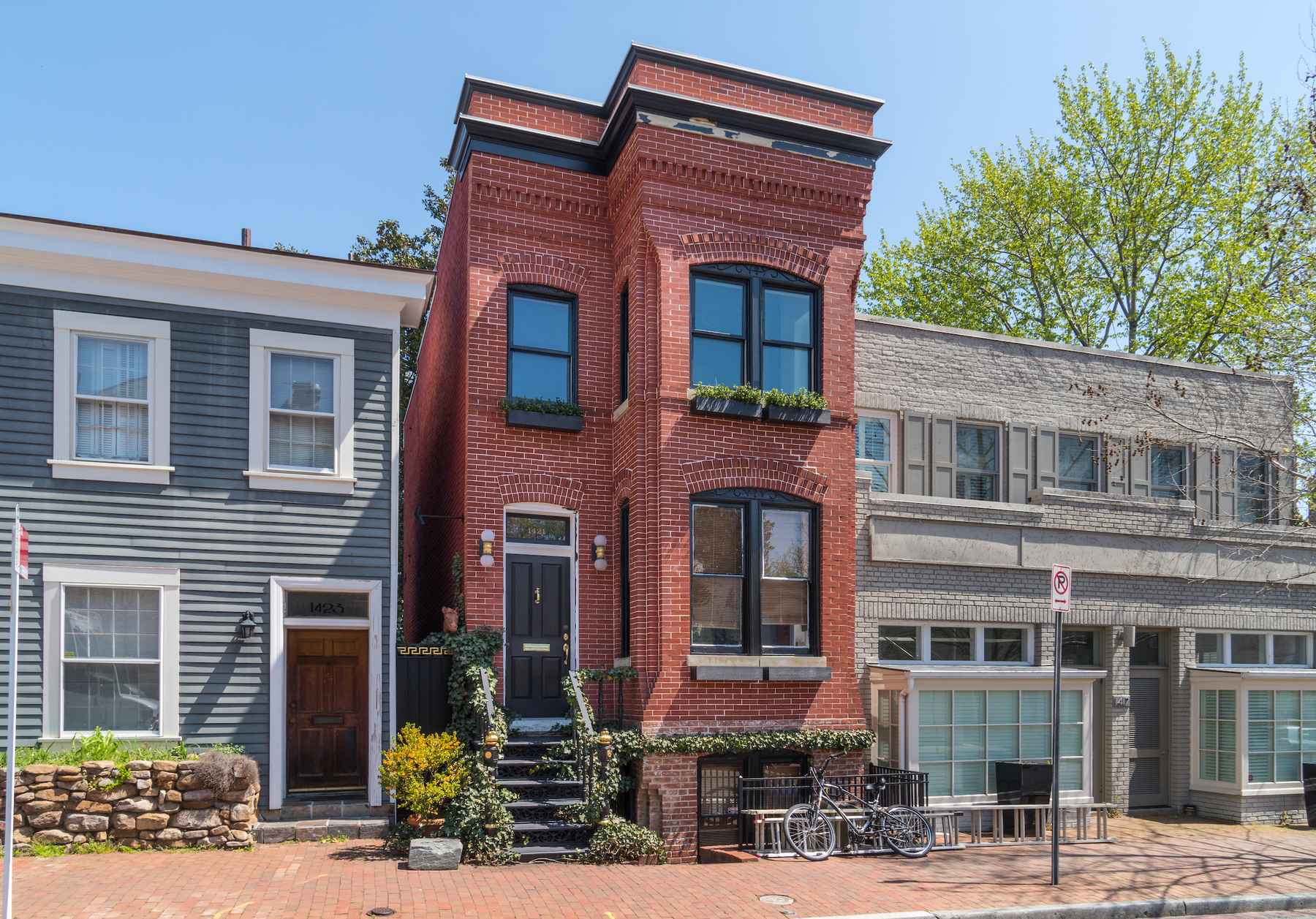 1421 28th Street, NW